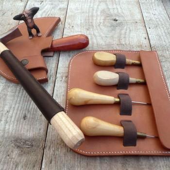 étuis pour outils spécifiques