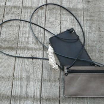 pochette à lanière 20,5x14,5cm